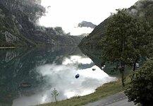 Randvoller Klöntalersee.jpg